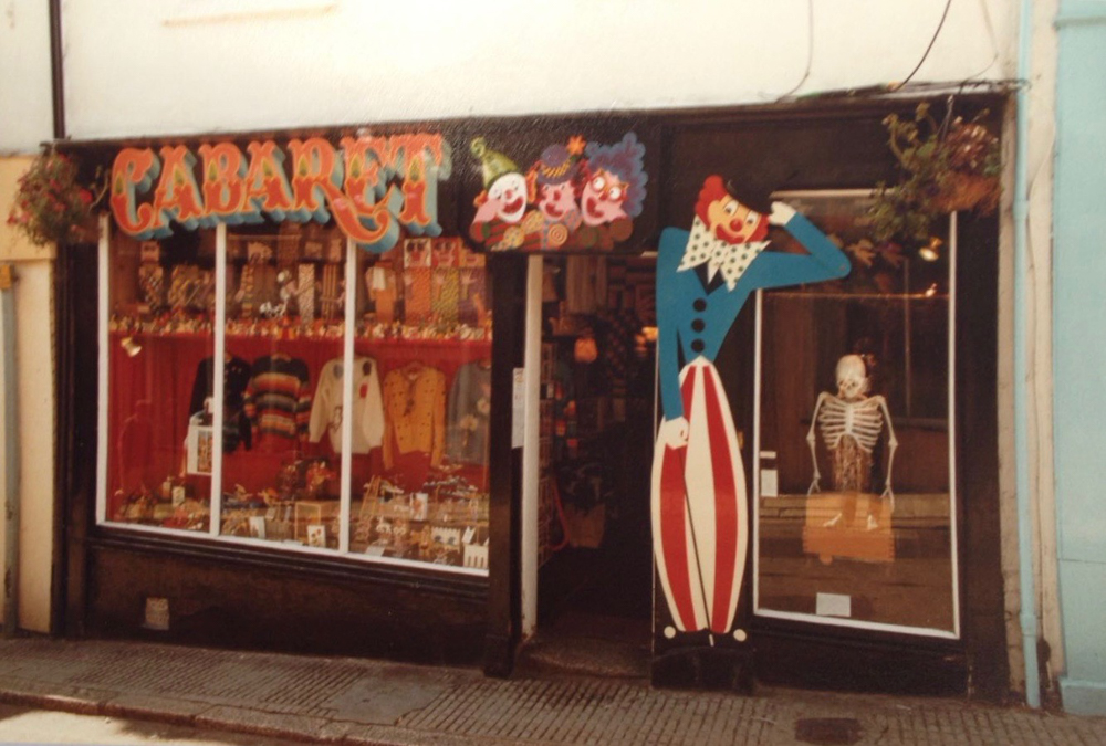 Shop front with painted clowns