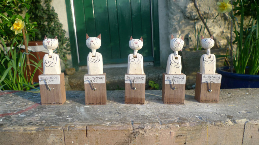 5 Wooden cat automata with heads up