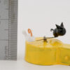 A ruler shows the height of cat and mouse to be 20mm